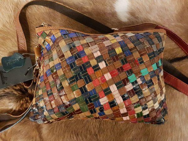 Lederen gevlochten multi color tas in verschillende kleuren