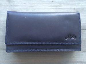 Ruime lederen portemonnee met ritsen en soufflé bodem, blauw