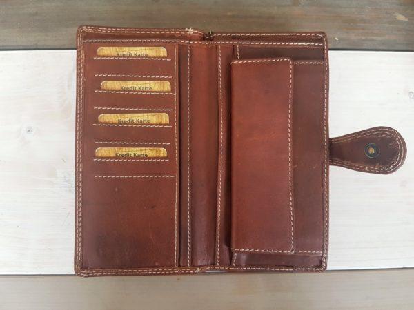 Luxe lederen portemonnee met heel veel ruimte,