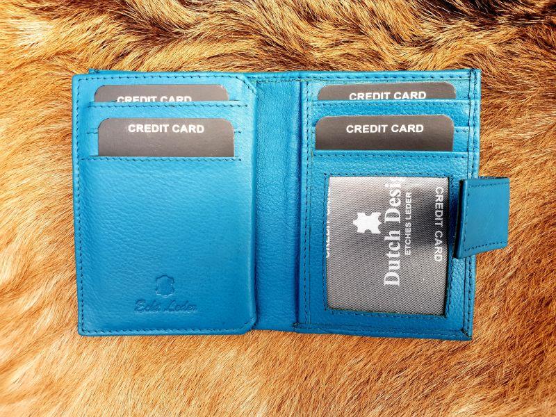 40f88a0ff04 Home / Heren / Heren portemonnees / Pasjes/ creditcard houder / Kleine  lederen portemonnee voor geld en pasjes, aqua blauw