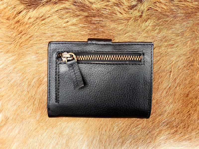 669365d852f Home / Heren / Heren portemonnees / Pasjes/ creditcard houder / Kleine  lederen portemonnee voor geld en pasjes, zwart