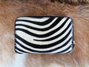 Dames portemonnee in mooie koeienhuid met zebra print
