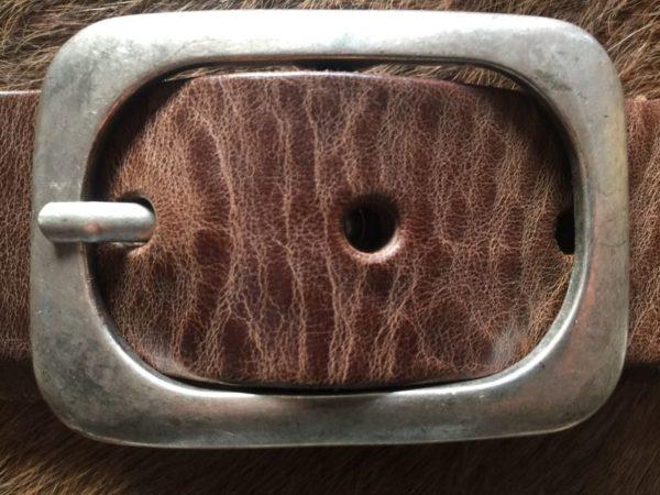 Hippe hunter bruine riem met ronde gesp van rund leder, 4cm