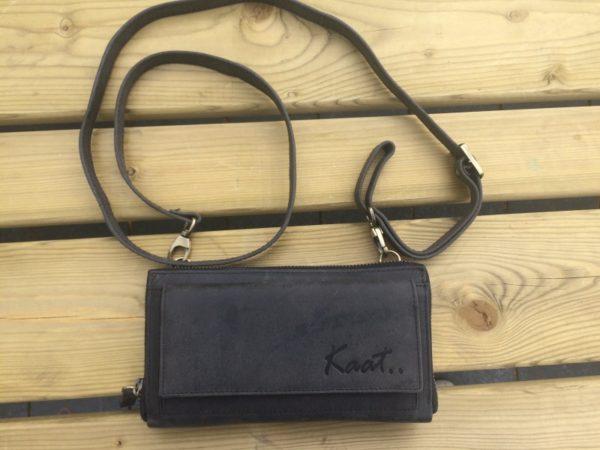 Ruime zwarte lederen dames portemonnee, clutch en schouder tasje