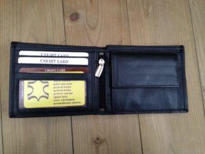 Zwarte platte lederen billfold portemonnee