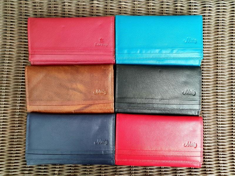 258cabd12a0 Platte lederen dames portemonnee met drukker en ritsvak in div kleuren