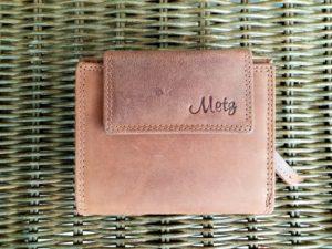 Mooie lederen portemonnee met ritsvak voor kleingeld