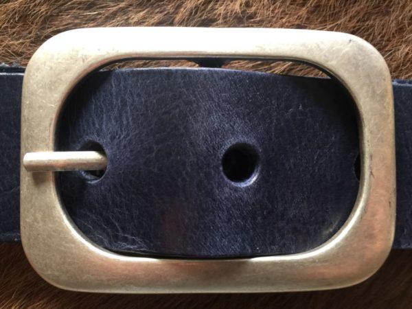Hippe blauwe riem met ronde gesp van rund leder, 4cm
