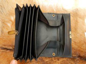 Zwarte lederen portemonnee met groot munt vak