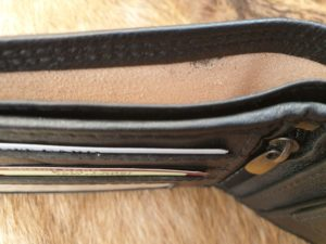 Zwarte platte billfold portemonnee, met lederen voering