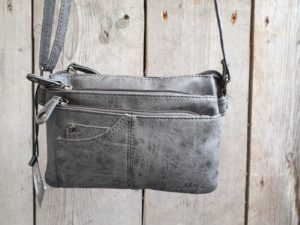 Super leuk grijs stap tasje, nieuw in de collectie