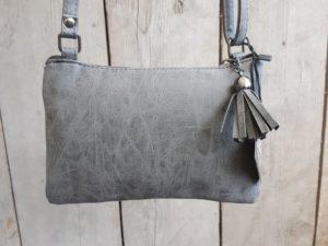 Tasje en portemonnee tegelijk, met ritsjes en pasjes vakjes, grijs