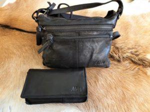 Combi METZ (8), lederen tas en portemonnee, zwart