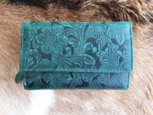 Ruime leren dames portemonnee met leuke print, groen