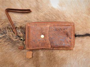 Lederen portemonnee/ clutch met telefoon vak, camel