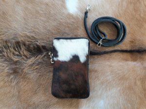 Telefoontasje, heuptasje, schoudertasje, leer met koeienhuid