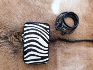 Zebra telefoontasje, heuptasje, schoudertasje, huid koe